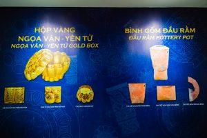 Bảo tàng Quảng Ninh, nơi lưu giữ những giá trị lịch sử, hình giới thiệu màu vàng và màu đỏ trên nền màu xanh