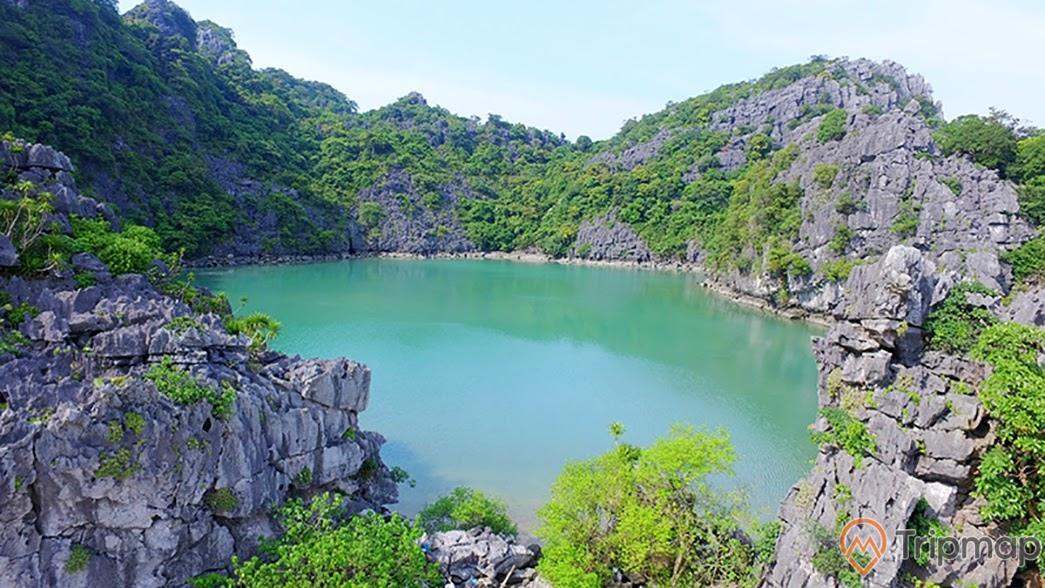 Kỳ thú vườn quốc gia Bái Tử Long