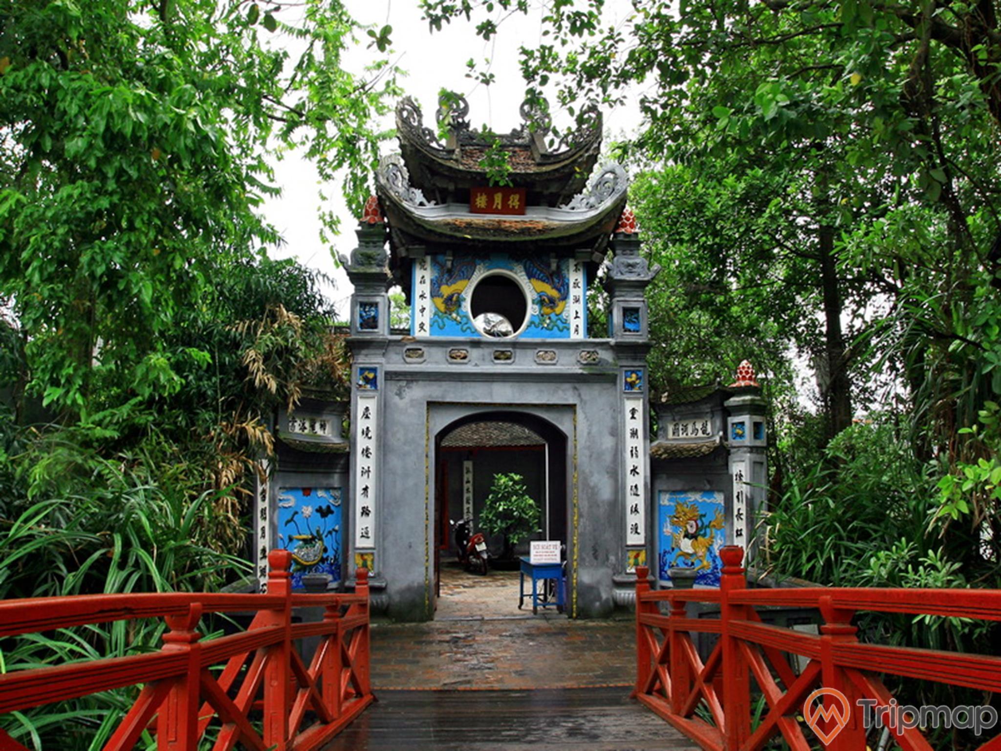 Đền Ngọc Sơn sau nhiều lần trải qua đổi tên, xây dựng lại