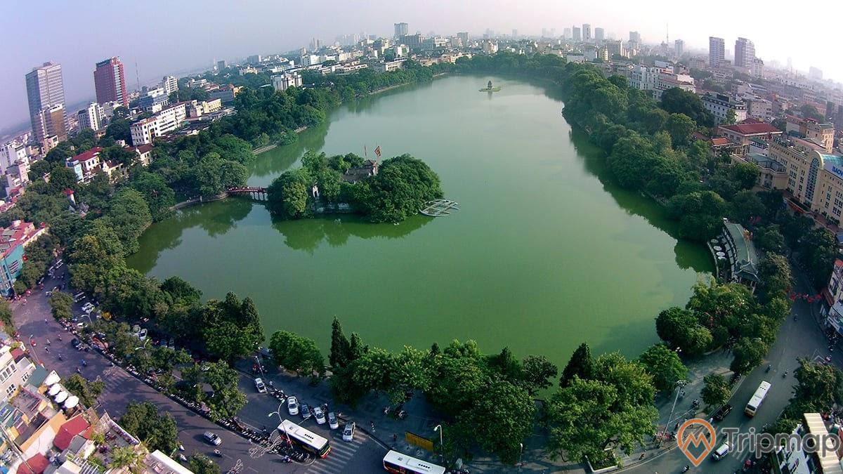 Hồ Hoàn Kiếm nhìn từ góc độ trên cao xuống