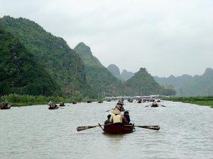 Khu du lịch thắng cảnh Hương Sơn (Chùa Hương)
