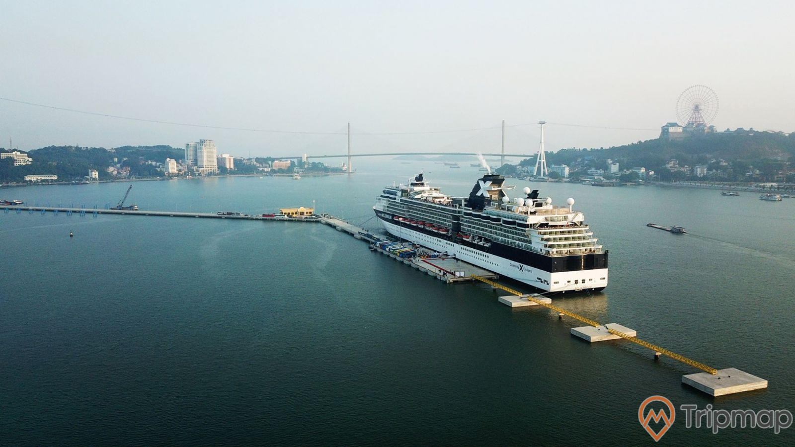 Hiện đại và hoành tráng khi đến với cảng Quốc tế Hạ Long