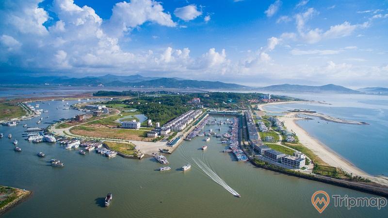 Cảng tàu khách quốc tế Tuần Châu