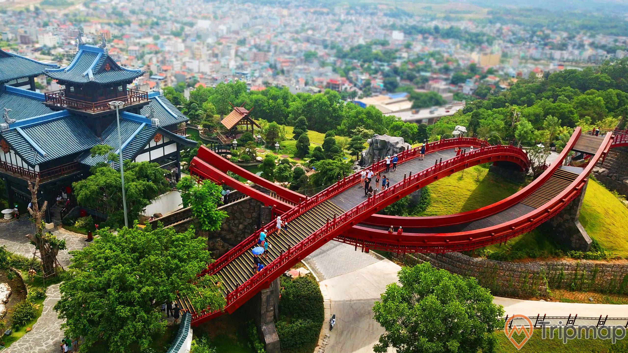 Kiến trúc Cầu Koi mang đậm màu sắc văn hóa Nhật
