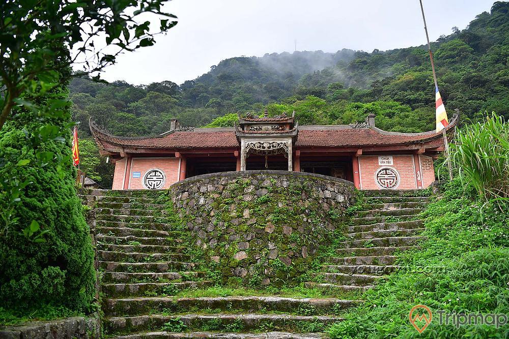 Chùa Vân Tiêu giữa núi thiêng rừng thẳm Yên Tử
