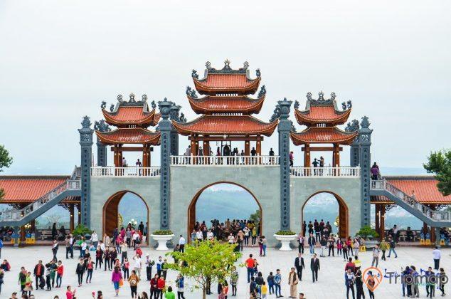 Cổng Tam Quan Nội