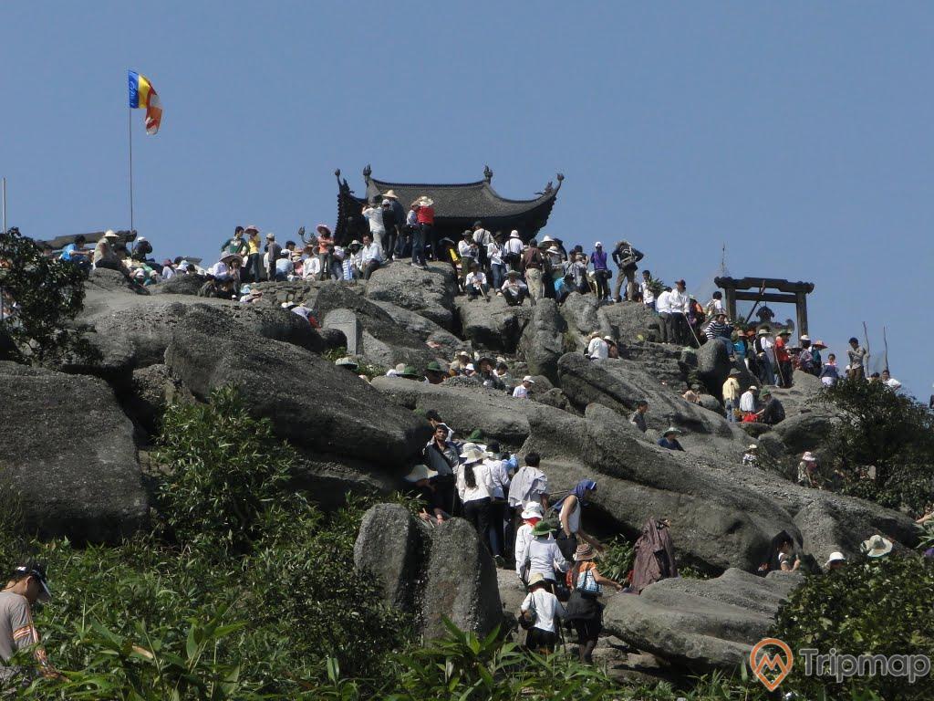 Cổng Trời - Bia Phật Yên Tử