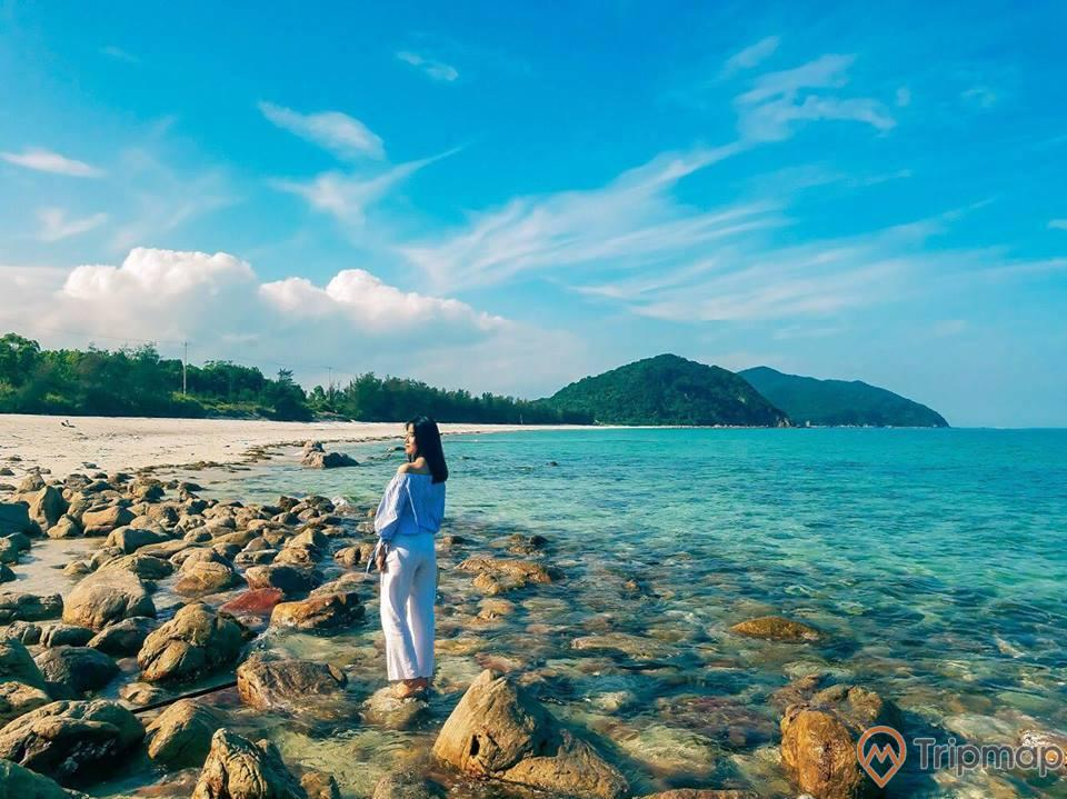 Đảo Quan Lạn (đảo Cảnh Cước)