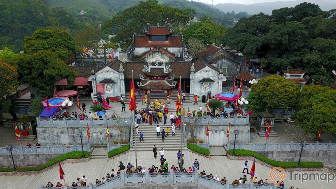 Đền Cửa Ông nằm ở Cẩm Phả, Quảng Ninh