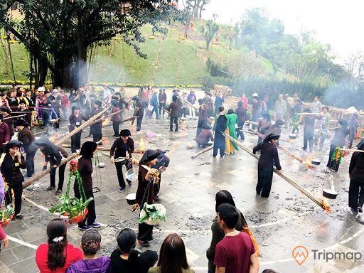 Hội thi nấu cơm được tổ chức trong lễ hội