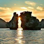 Một bức ảnh đẹp chụp Hòn Trống Mái, Vịnh Hạ Long