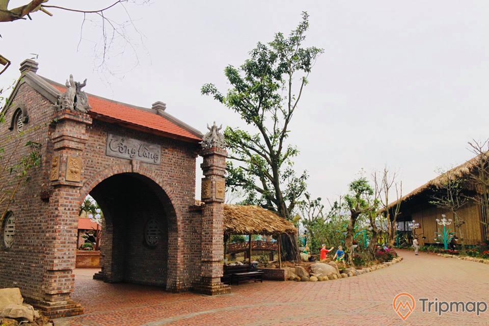 Khu làng quê tái hiện cuộc sống xa xưa của người dân Việt Nam
