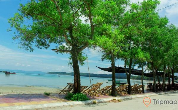 Bãi biển Tình Yêu