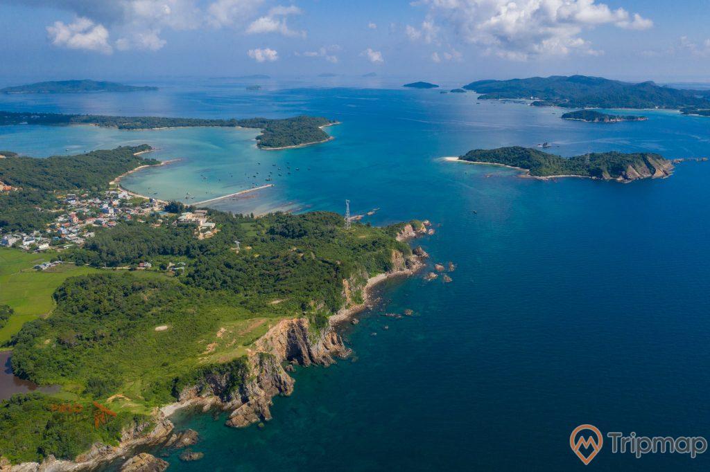 Vẻ đẹp huyền diệu của đảo Cô Tô ảnh trên cao