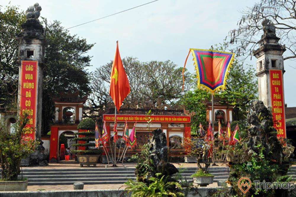 Tham quan Đền Hồng Sơn
