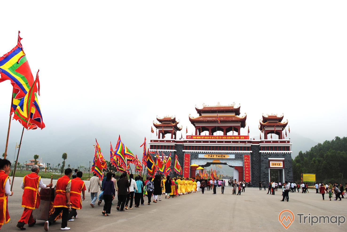 Lễ hội được tổ chức tại di tích Tây Thiên