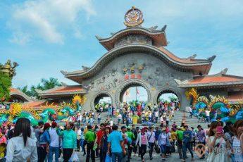 Khu du lịch văn hóa Suối Tiên