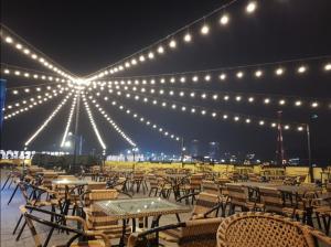 Nhà hàng Bến Du Thuyền