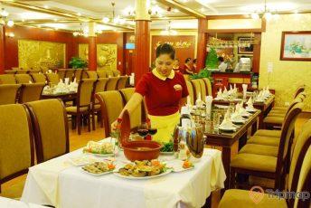Nhà hàng Cua Vàng