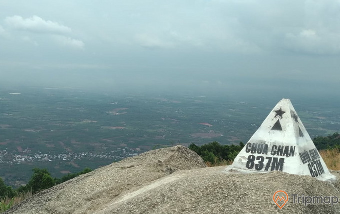 Núi Chứa Chan tại Đồng Nai