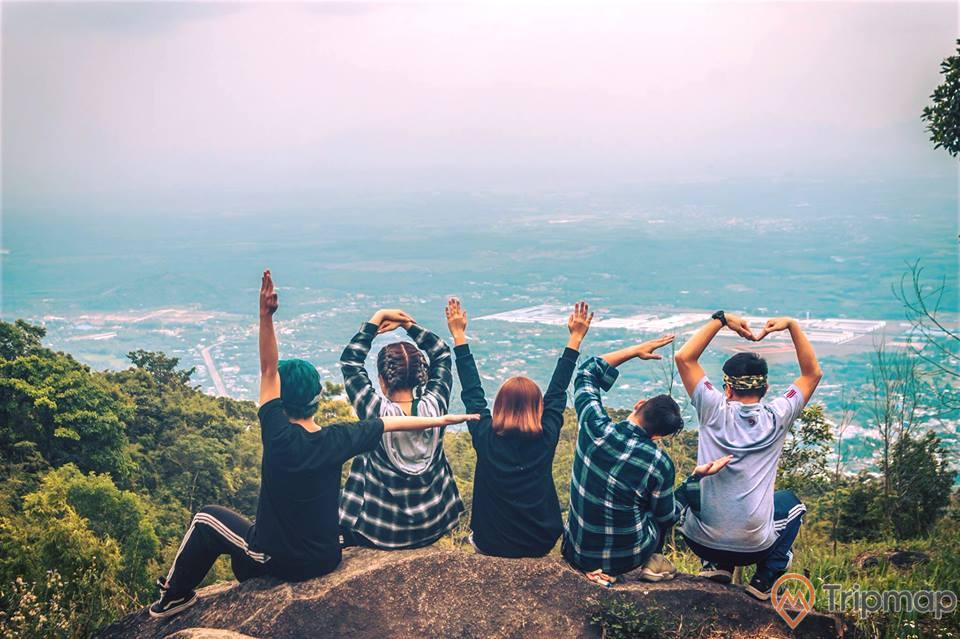 Trải nghiệm tuyệt vời tại núi Chứa Chan