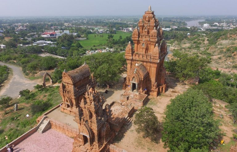 Tháp Pô Klông Garai