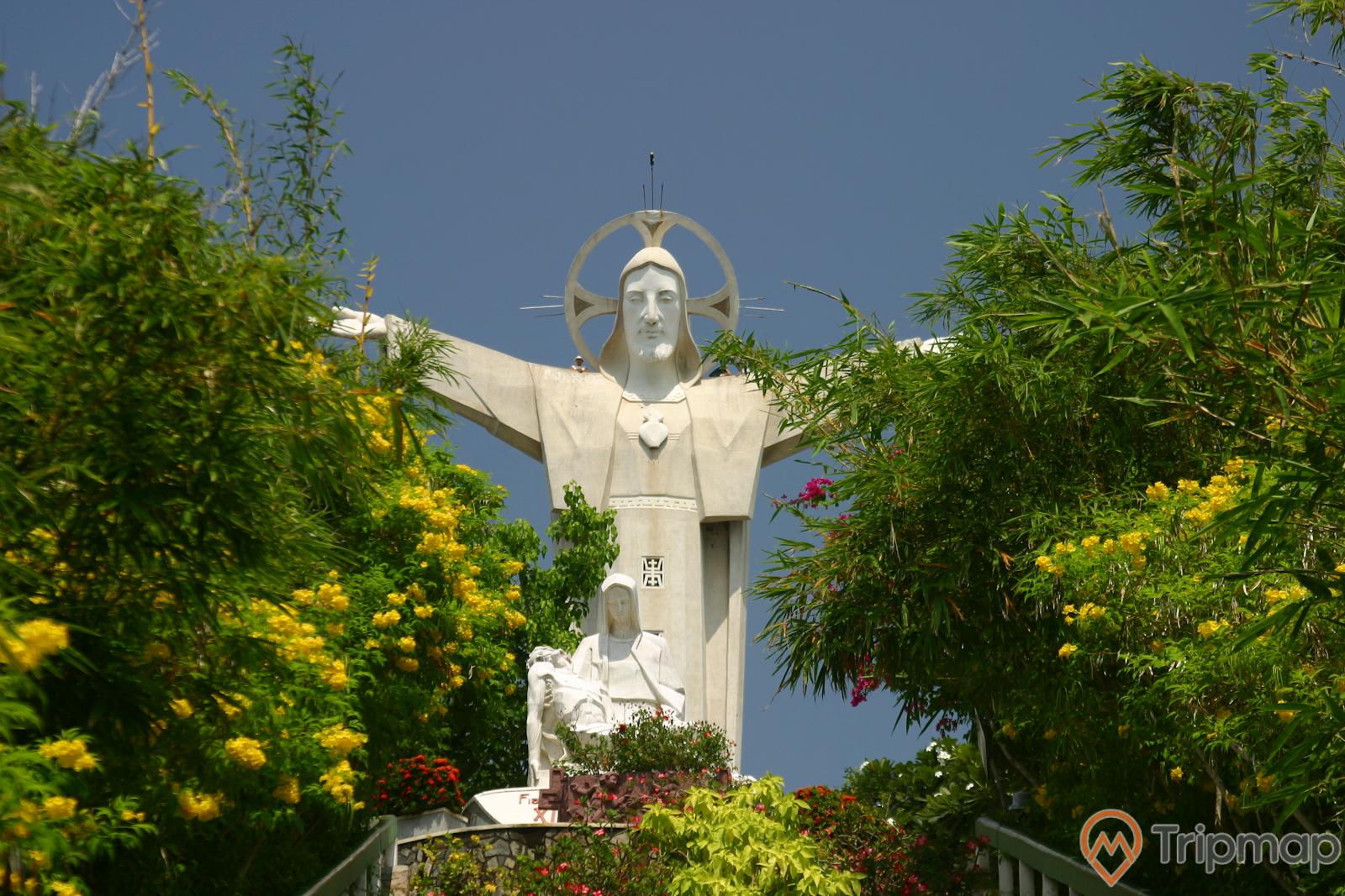 """Tượng chúa Kitôxác lập kỉ lục là """"Tượng Chúa Giêsu lớn nhất khu vực Châu Á"""""""