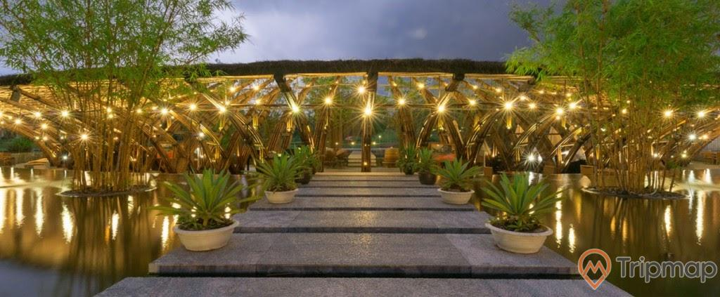 Cảnh trí nhà hàng Bamboo Wing