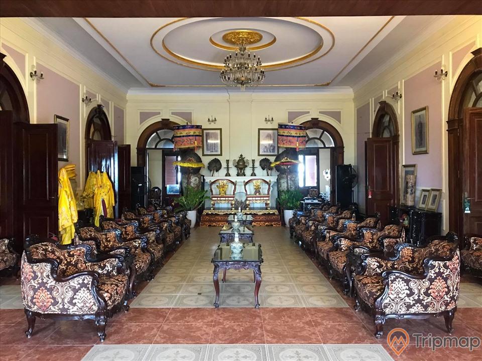 Phòng khách của biệt thự Bảo Đại