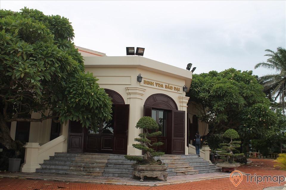 Dinh thực Bảo Đại được công nhận Biệt thự Bảo Đại là điểm du lịch, ảnh chụp ngoài trời