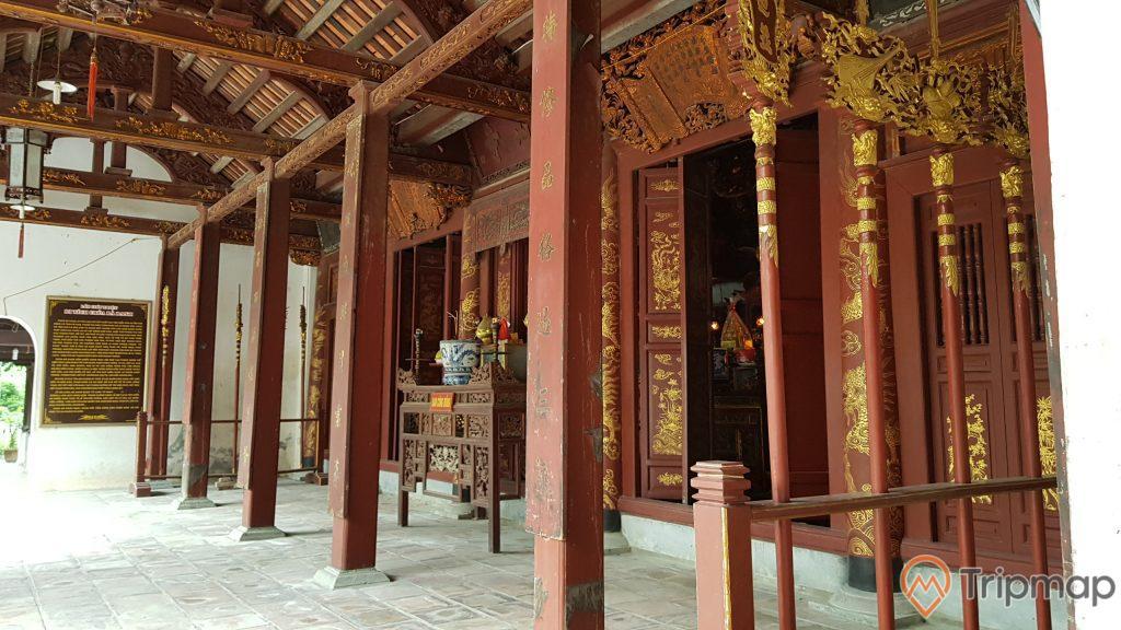 kiến trúc bên trong chùa bà đanh